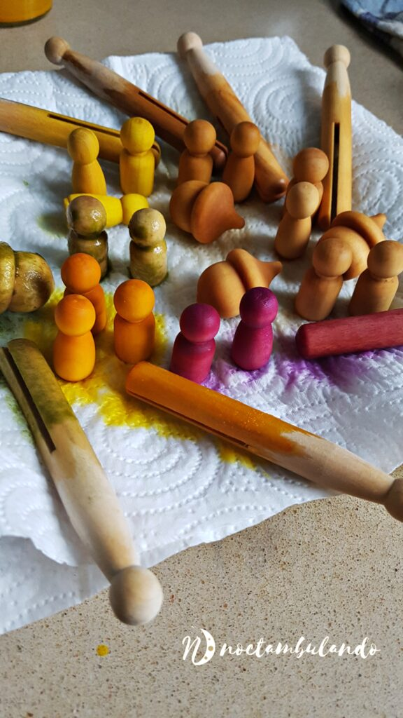 teñido de juguetes de madera